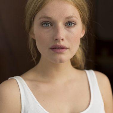 ELLA-JUNE HENRARD (© Marc Lagrange)