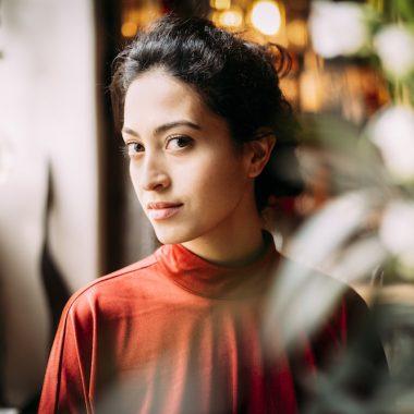 SABRINA AMALI (© Tobias Stahel)