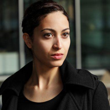 SABRINA AMALI (© Oliver Look)